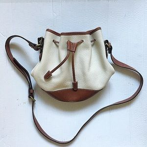 RARE! Vintage coach two toned bucket bag